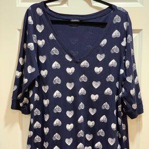 Torrid V-Neck 3/4-Sleeve Hearts V-Neck Top-Size 1X